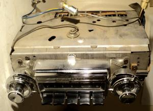 1965 Oldsmobile 98 radio (not tested)