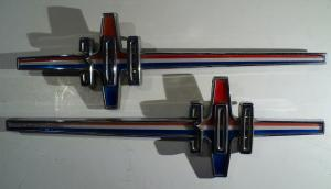 1965  Chrysler 300    emblem     (par)