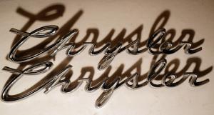 1959  Chrysler    emblem   (en pigg av se bild) (par)