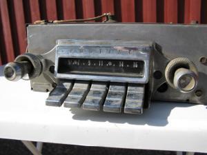 1962 Pontiac Radio