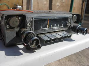 1965 Dodge Polara Radio