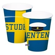 """Pappersmuggar med svenska flaggas, studentmössa och texten """"studenten"""""""