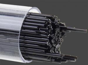 Stringers 1 mm Svart opalescent. Ett rör med ca 130 st 45 cm långa glasstavar