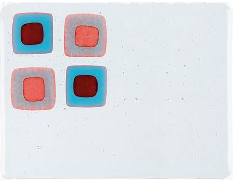 Klart reaktivt röd. 3mm ca 25 x 21cm  (Färgerna är en illustration.)