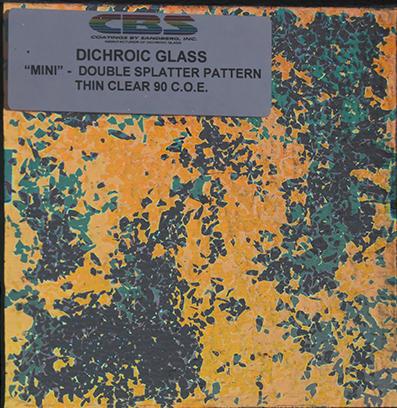 Dichroiskt fusingglas 10x10cm, på 2 mm klart glas.