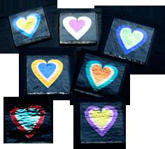 Dichroiska hjärtan 2x2 cm. Blandade färger. Extrapris !