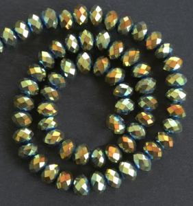 Glaspärlor facetterad rondell 6,5x4,5 mm Grön/guld
