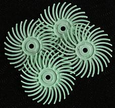 Polertrissa 4 st 1 micron ljusgrön. Bör sitta minst 4 trissor på en mandrel.