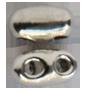 Lås sterlingsilver. Två styck med 2 mm hål för sidenband eller läderrem. Pris per par.