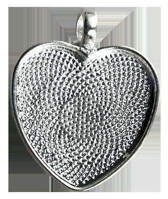 Hjärta 25 mm, försilvrat , ca 1,5 mm djupt.