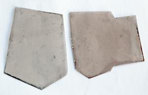 Micaskivor 2st oregelbunden storlek ca 5x6 (7)cm