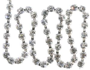 Kedja med kristaller försilvrad 20cm. Beställ antal 20 cm längder.