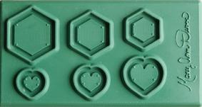 Form ramar sexkanter och hjärtan. 6x12 cm