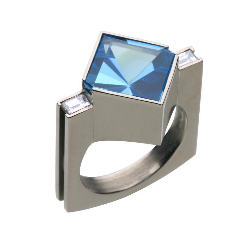 Monterad ring