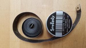 Måttband 150 cm, svart/ silver
