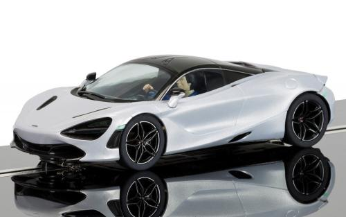 McLaren 720S (Glacier White)