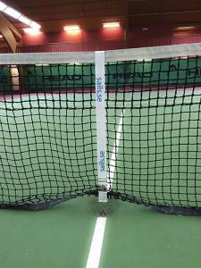 Mittband tennisnät