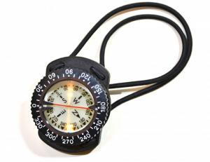Kompass med bungeehållare