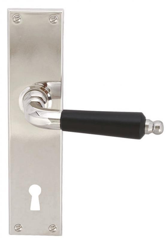 Dørhåndtak - Langskilt med tregrep (F)