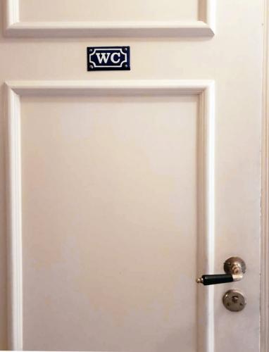 Enamel Door Sign - WC Blue/White