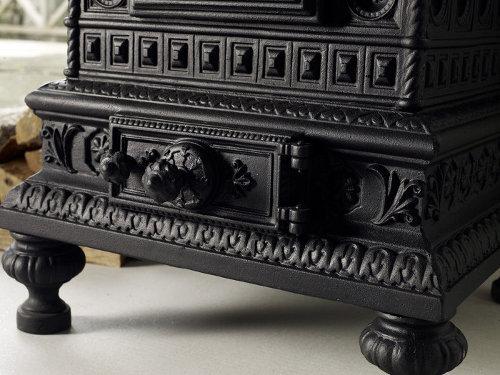 Gjutjärnskamin - Royal Viking - sekelskifte - gammal stil - klassisk inredning - retro