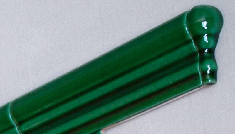 Kakel Victoria - Hörnbit till bröstlist buteljgrön - sekelskiftesstil - gammaldags inredning - klassisk stil - retro