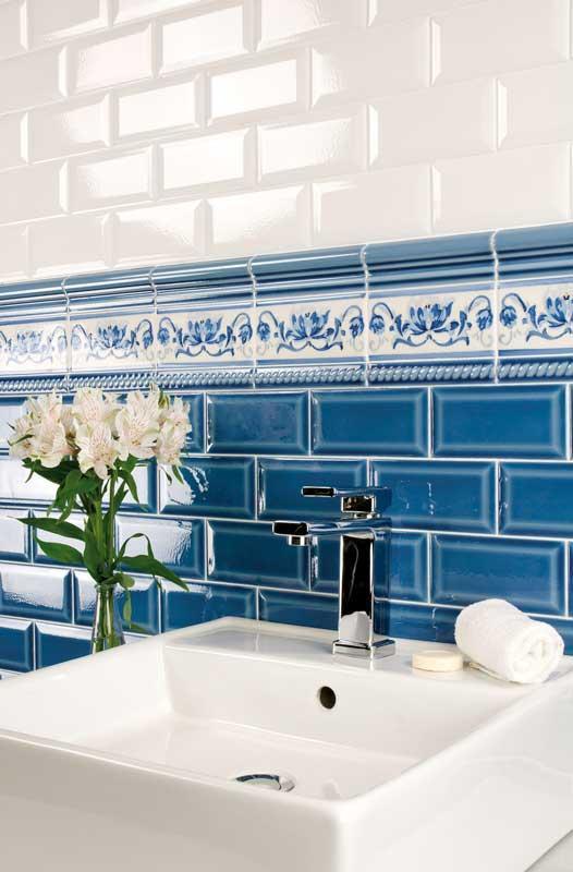Flis Bristol - 7,5 x 15 cm blå, krakelert - arvestykke - gammeldags dekor - klassisk stil - retro - sekelskifte