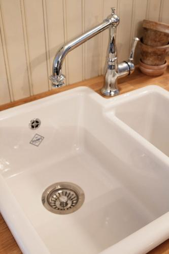 Old style kitchen Sink Porcelain - Shaws Classic Brindle
