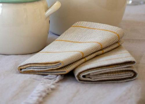 Kitchen towel in linen - 2-pcs 50 x 70 cm, marulk natural/ocher