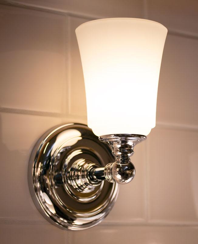 Baderomslampe - Vegglampe Coquet krom/frost - arvestykke - gammeldags dekor - klassisk stil - retro
