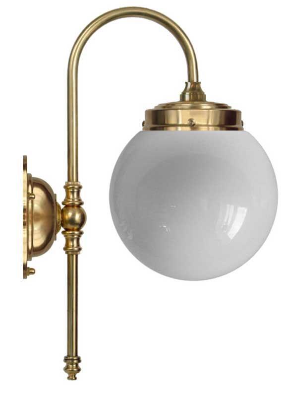 Vägglampa - Blomberg 80 klot opalvit - sekelskiftesstil - gammaldags inredning - klassisk stil - retro