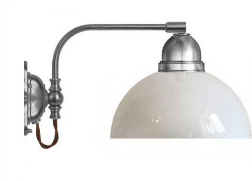 Vägglampa - Gripenberg förnicklad opalvit halvsfär