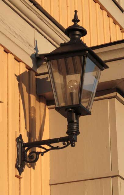 Classic Exterior Lamp - Wall lantern Solgård M4 - old style - vintage interior - classic style - retro