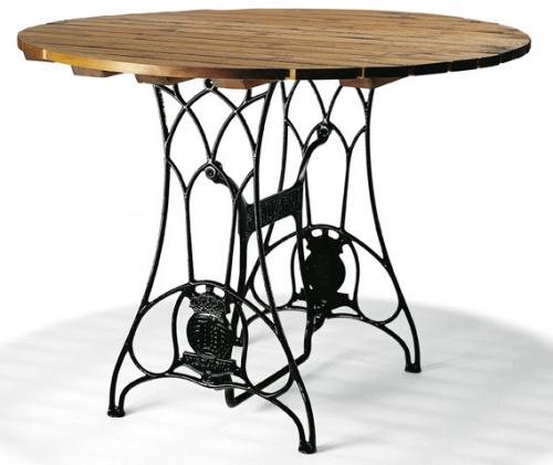 Garden table - Husqvarna oak