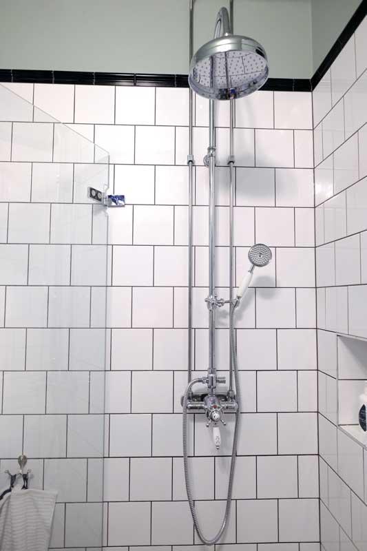 Mått klassiskt duschset - Canterbury utan blandare krom - Sekelskifte
