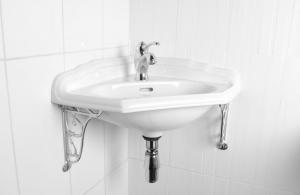 Wash Basin - Heritage corner basin - old fashioned style - classic interior - oldschool style - vintage