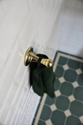 Towel Hook Sekelskifte - Brass