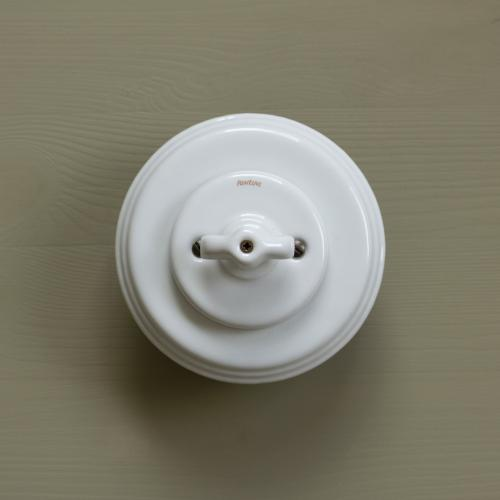 Traditional switches in porcelain