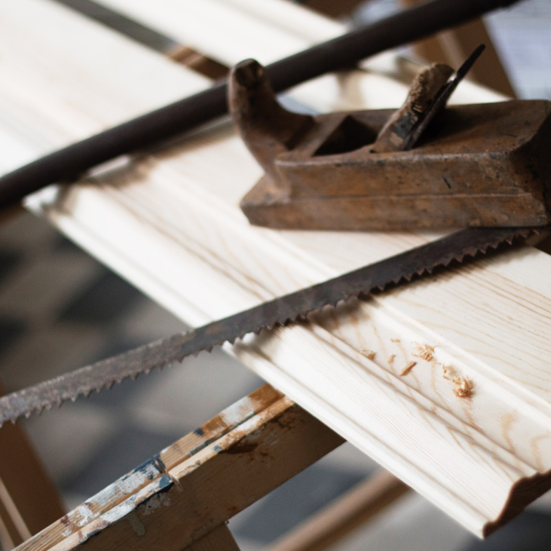 Facts & Info - Custom-made wood mouldings