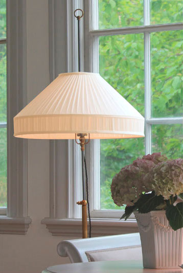 Golvlampa - Edfelt - sekelskiftesstil - gammaldags inredning - retro - klassisk stil