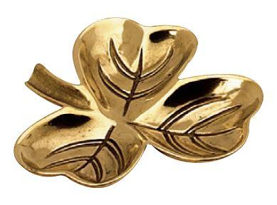 Small dish - Trefoil brass