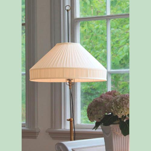 Golvlampor i klassisk stil - sekelskifte - gammal stil - klassisk inredning - retro