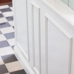 Old style trims & moldings - Period style - old fashioned style - vintage interior - classic style - retro