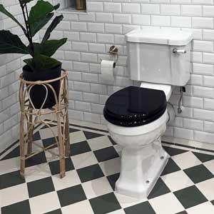 miljø toalett - arvestykke - gammeldags dekor - klassisk stil - retro - sekelskifte