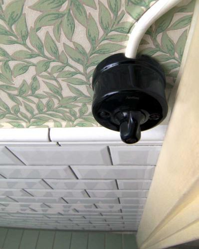 Surface installation switch in black porcelain - Fontini - old style - vintage interior - old fashioned style - classic interior