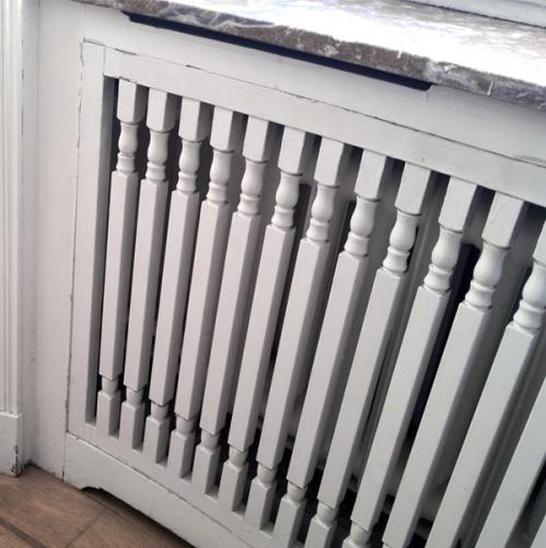 Inspiration - Build your own radiator cover by newel posts - old style - vintage style - classic interior - retro