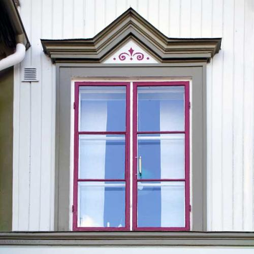 Facts & Info -  Period style windows