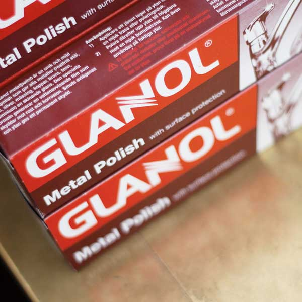 Glanol - metal polish for brass, gold, silver, steel, copper, chrome and tin.