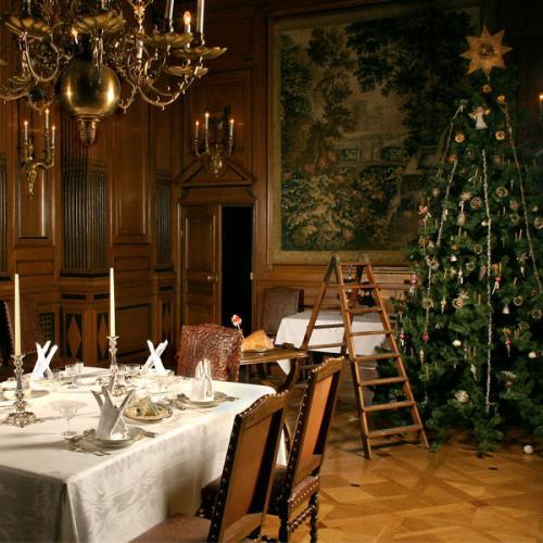 Fira jul som Hallwyls år 1920 - gammaldags stil - klassisk inredning - sekelskifte - retro