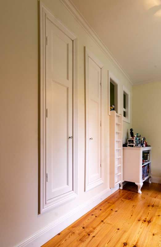 inspirasjon-side-bygget-garderobe - arvestykke - gammeldags dekor - klassisk stil - retro - sekelskifte